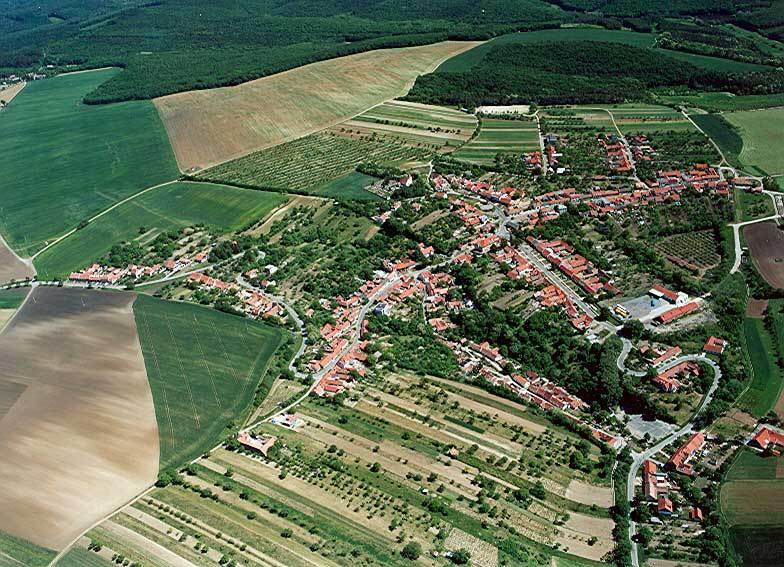 Letecký snímek Kobeřic u Brna